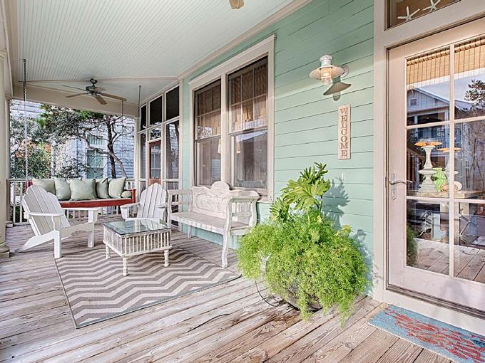 Ý tưởng nhà gỗ đầy màu sắc được thiết kế theo phong cách đơn giản nhưng nhìn góc nào cũng hấp dẫn bởi những chi tiết độc đáo này-3