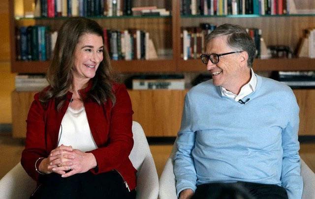 Góc khuất phía sau cuộc hôn nhân tưởng màu hồng của Bill Gates: Làm gì có ông chồng nào tự nhiên lại đi... rửa bát, đặc biệt là tỷ phú?-1