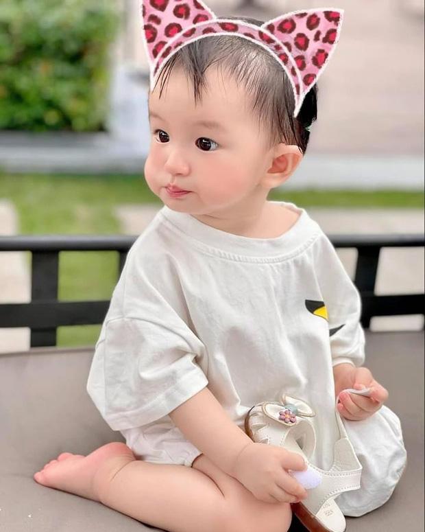 Bị netizen nói đẻ con gái sau này con rể ăn hết, nữ đại gia có căn biệt thự gần 200 tỷ đáp trả căng đét-4