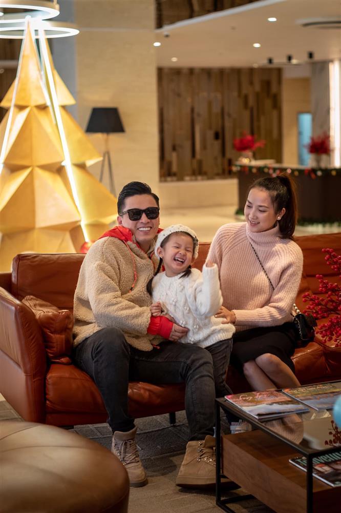 Vợ kém 17 tuổi của anh Hai Lam Trường kể chuyện đi đẻ cực hài, tiết lộ cả vấn đề giường chiếu sau sinh-6