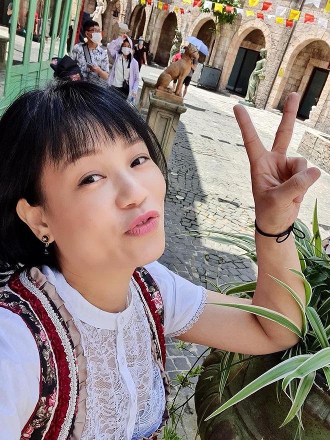 Nhan sắc tuổi 39 của bà xã hay vướng ồn ào, đã sinh 3 quý tử cho NSƯT Xuân Bắc-8