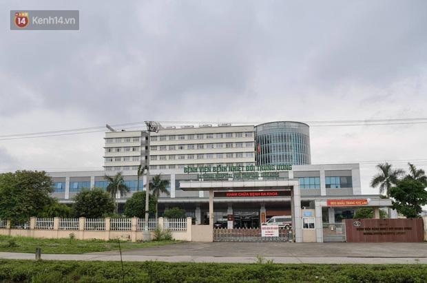 Chủ tịch Hà Nội: Phong toả BV Bệnh Nhiệt đới Trung ương cơ sở 2 do có ca dương tính mới ở cả bác sĩ, bệnh nhân, người nhà-2