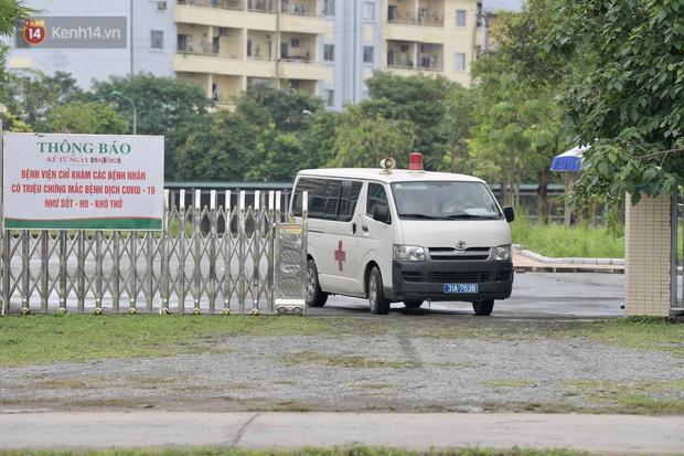 Chủ tịch Hà Nội: Phong toả BV Bệnh Nhiệt đới Trung ương cơ sở 2 do có ca dương tính mới ở cả bác sĩ, bệnh nhân, người nhà-6
