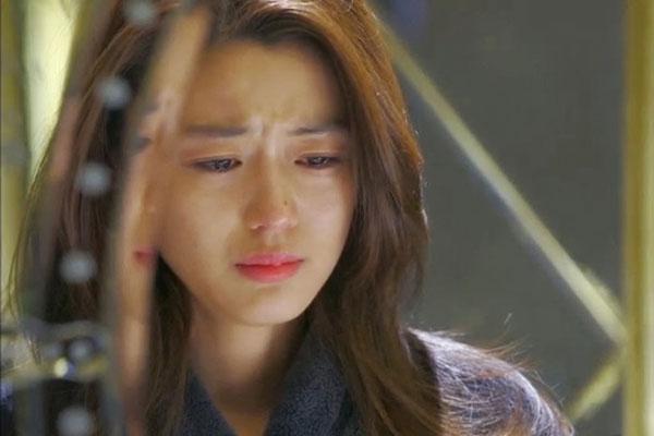 Vợ chồng khủng hoảng hôn nhân phụ nữ đừng chỉ cúi đầu mà khóc-1