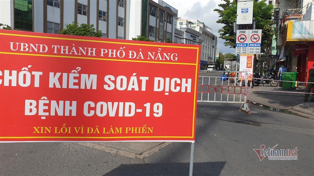Phong tỏa khu dân cư xung quanh vũ trường lớn nhất Đà Nẵng-3