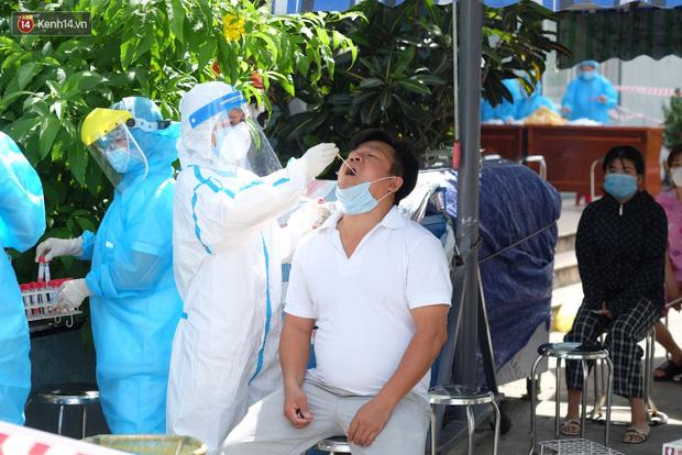 Đà Nẵng phong tỏa 1 chung cư, xét nghiệm 500 người vì liên quan đến ca dương tính với SARS-CoV-2-6