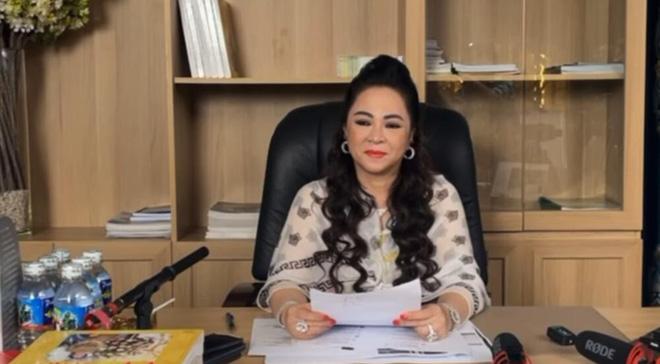 Bà Nguyễn Phương Hằng khiêu chiến Trịnh Kim Chi: Tôi không biết sợ ai đâu, đừng thách đấu tôi-2