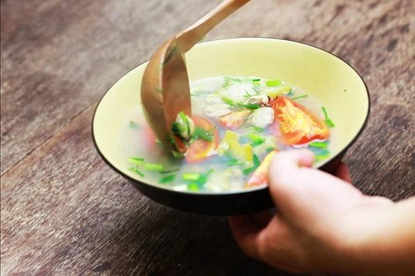 Đây là thói quen ăn canh nguy hiểm của nhiều người Việt, hãy thay đổi ngay trước khi dạ dày, thực quản rước đủ thứ bệnh-5