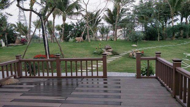 """Biệt phủ rộng thênh thang, kết cấu như resort của Xuân Bắc: Được xây bằng gỗ tự nhiên, nhìn toàn cảnh sân vườn thôi mà choáng""""-8"""