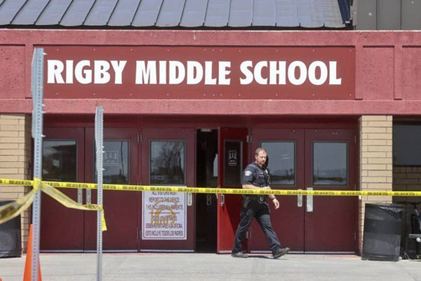 Chấn động: Nữ sinh lớp 6 xả súng ở trường học Mỹ khiến 3 người bị thương, học sinh và phụ huynh hoảng loạn tột độ-1