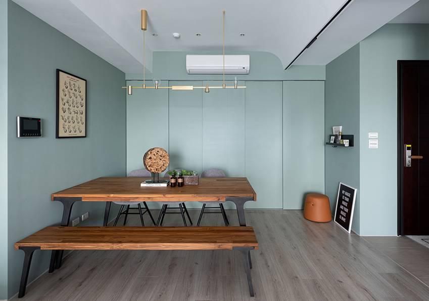 Căn nhà có diện tích 24m2 với lối thiết kế thông minh giúp không gian cực kỳ thoáng mát, mỗi bước chân như lạcvào khu rừng xanh tươi-6