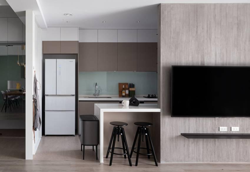 Căn nhà có diện tích 24m2 với lối thiết kế thông minh giúp không gian cực kỳ thoáng mát, mỗi bước chân như lạcvào khu rừng xanh tươi-12
