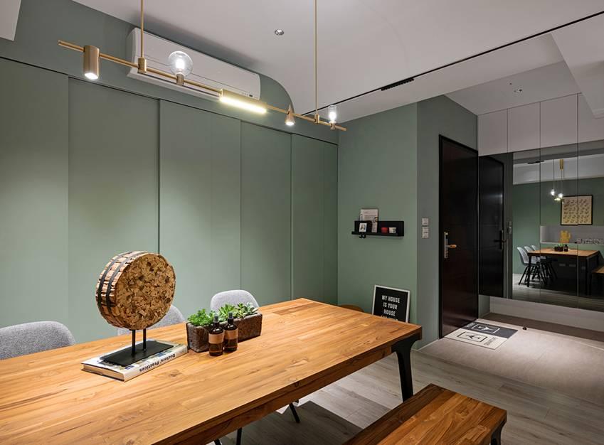 Căn nhà có diện tích 24m2 với lối thiết kế thông minh giúp không gian cực kỳ thoáng mát, mỗi bước chân như lạcvào khu rừng xanh tươi-20