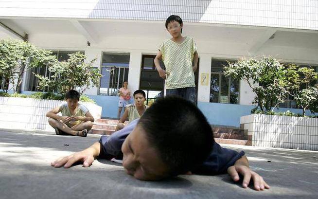 Trẻ bị bắt nạt, trước khi dạy con đánh lại, hãy dạy chúng điều này!-1