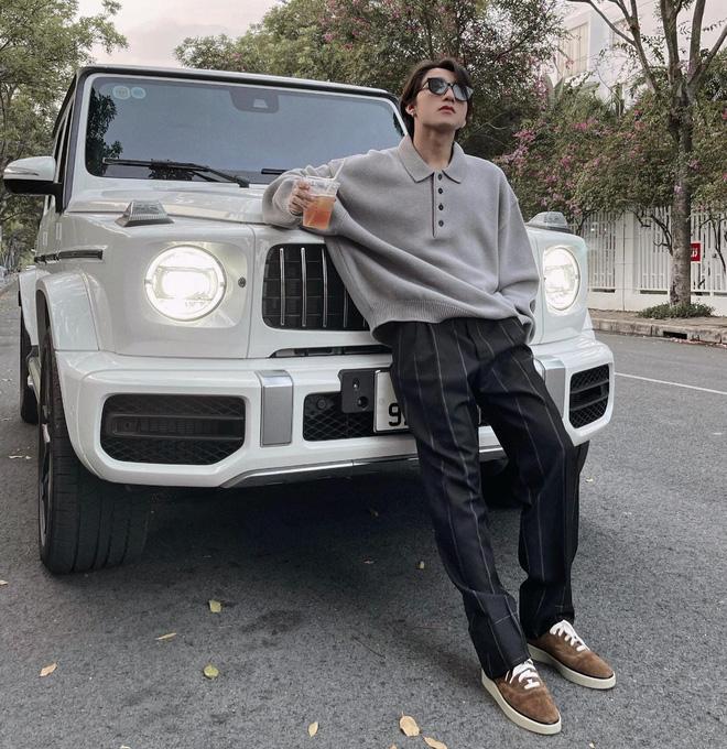 Bị netizen phát hiện bình luận dạo ảnh Sơn Tùng khoe xe chục tỷ, Nathan Lee ngượng chín mặt lên luôn Facebook thừa nhận 1 điều-4