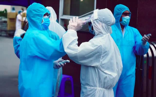 Thêm 12 trường hợp dương tính với SARS-CoV-2 vào buổi sáng, Hà Nội khuyến cáo người dân việc cần làm ngay-2