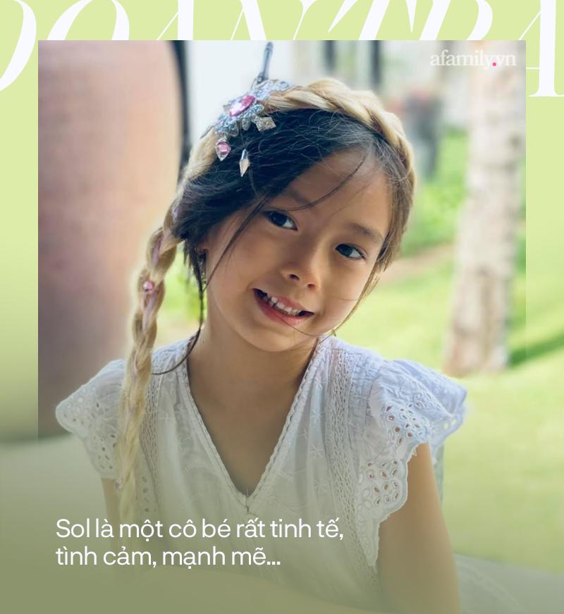 """Đoan Trang nói gì về chuyện con sao"""" bị chê bai ngoại hình như một số trường hợp gần đây trong series Khi sao làm bố mẹ""""-4"""