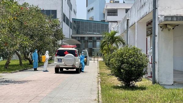 Huế phát hiện thêm ca thứ 3 dương tính SARS-CoV-2 là nhân viên thẩm mỹ viện ở Đà Nẵng, phong tỏa 1 trung tâm y tế-1