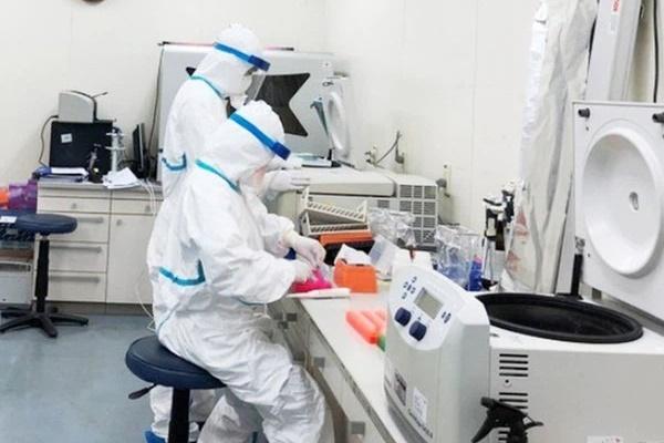 Hoà Bình phát hiện 2 người làm việc tại quán cơm bán cho lái xe đường dài dương tính với SARS-CoV-2-1