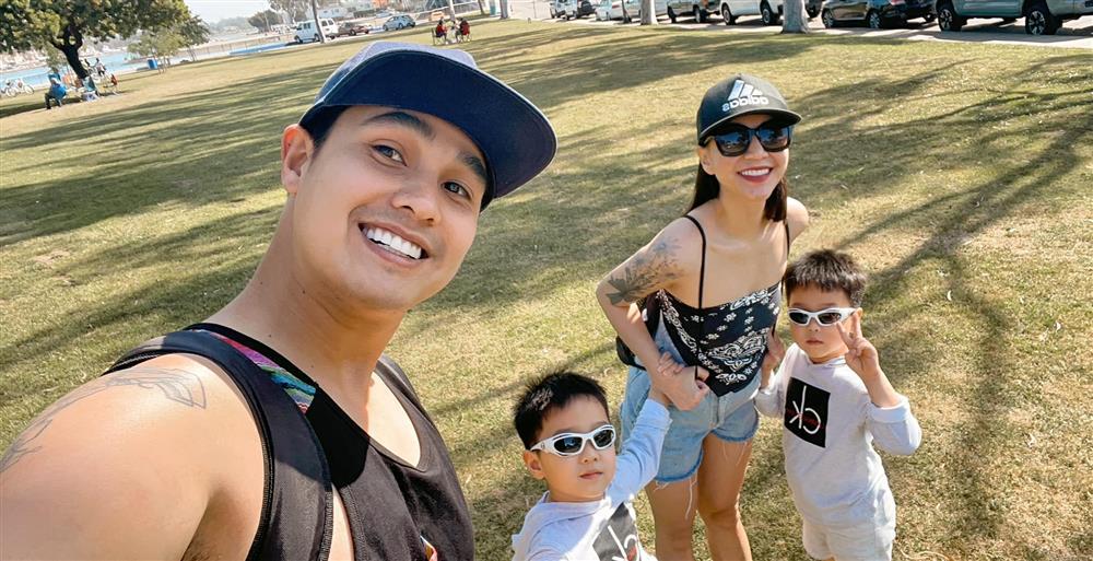 3 cặp song sinh rich kid đáng yêu nhất của các gia đình Việt, toàn nam thần nhí khiến team bỉm sữa thích mê-1