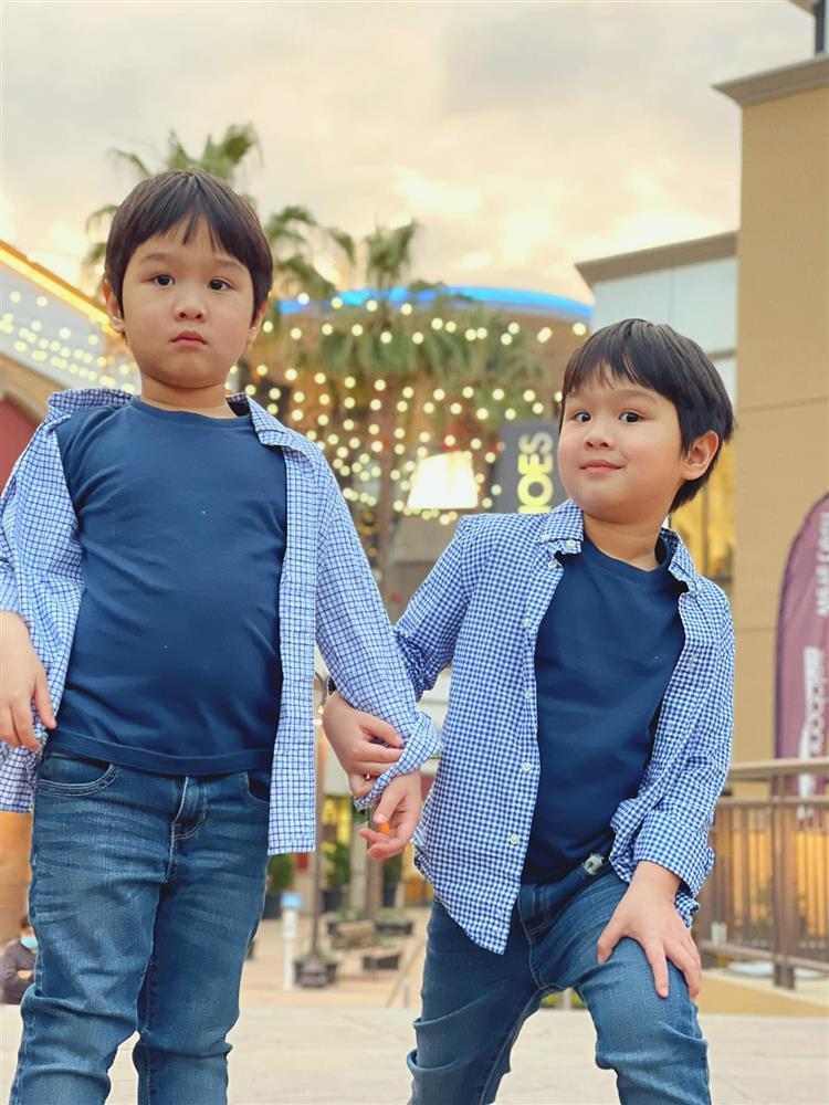 3 cặp song sinh rich kid đáng yêu nhất của các gia đình Việt, toàn nam thần nhí khiến team bỉm sữa thích mê-10