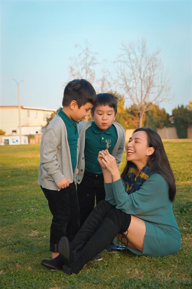 3 cặp song sinh rich kid đáng yêu nhất của các gia đình Việt, toàn nam thần nhí khiến team bỉm sữa thích mê-12
