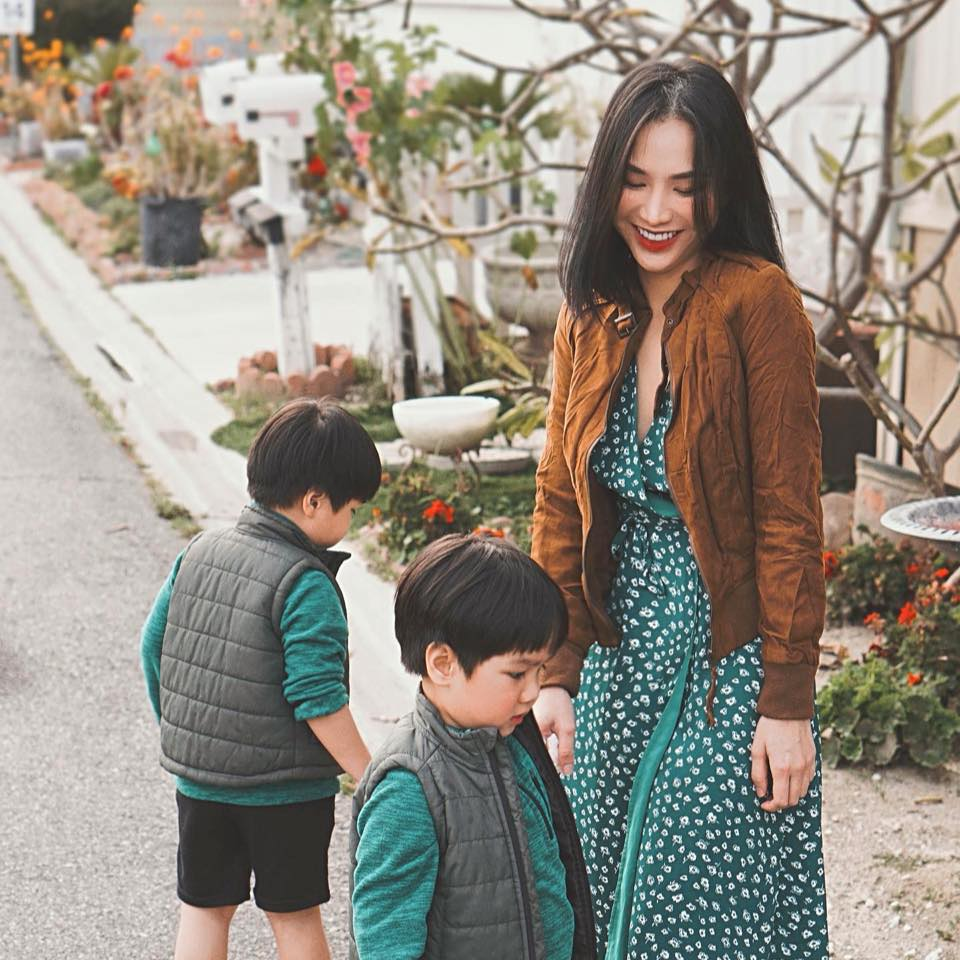 3 cặp song sinh rich kid đáng yêu nhất của các gia đình Việt, toàn nam thần nhí khiến team bỉm sữa thích mê-14