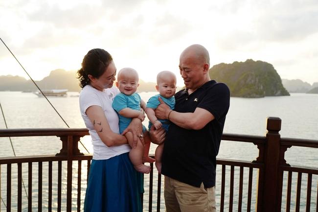 3 cặp song sinh rich kid đáng yêu nhất của các gia đình Việt, toàn nam thần nhí khiến team bỉm sữa thích mê-18