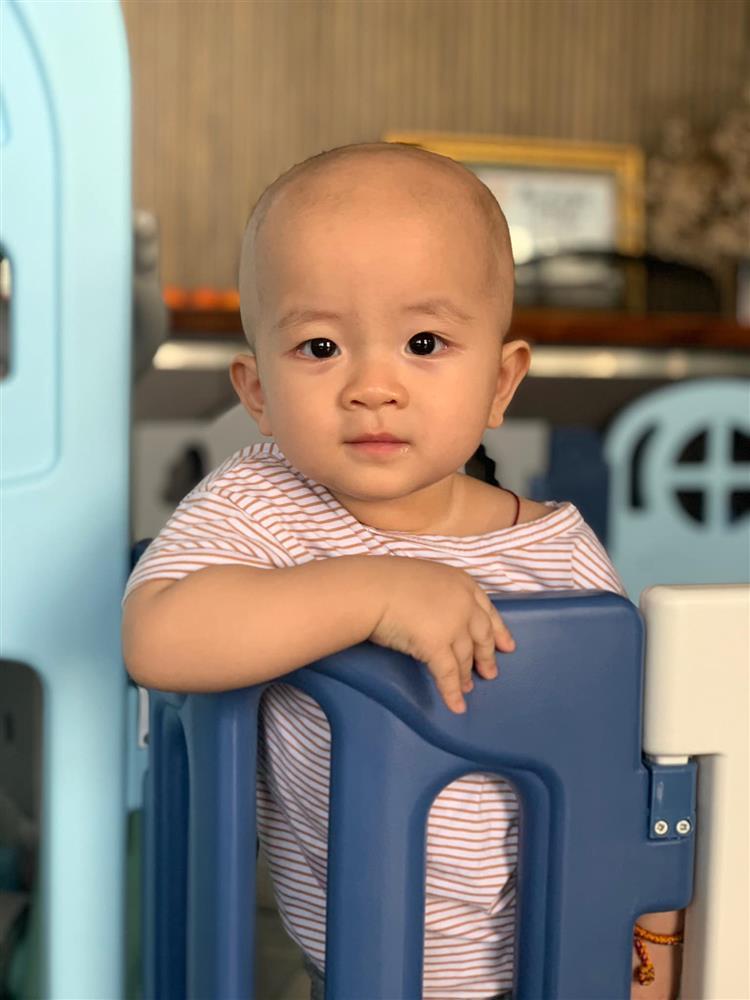 3 cặp song sinh rich kid đáng yêu nhất của các gia đình Việt, toàn nam thần nhí khiến team bỉm sữa thích mê-23