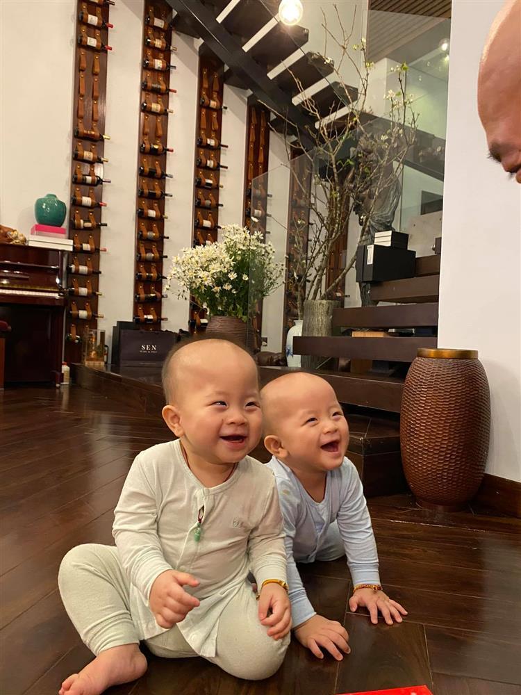 3 cặp song sinh rich kid đáng yêu nhất của các gia đình Việt, toàn nam thần nhí khiến team bỉm sữa thích mê-24