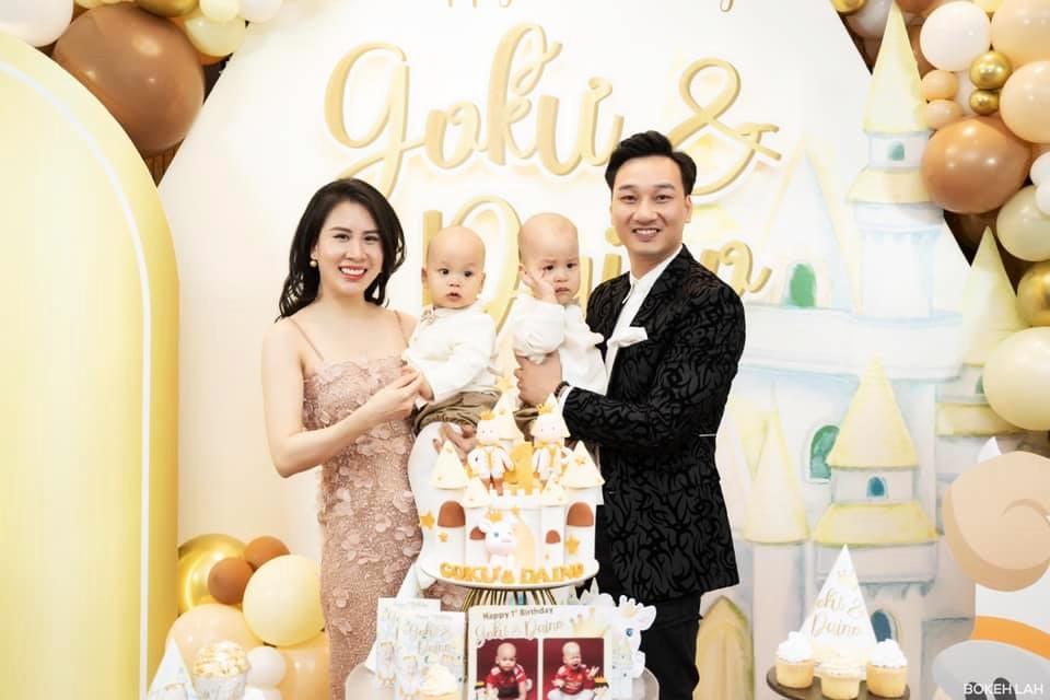 3 cặp song sinh rich kid đáng yêu nhất của các gia đình Việt, toàn nam thần nhí khiến team bỉm sữa thích mê-25