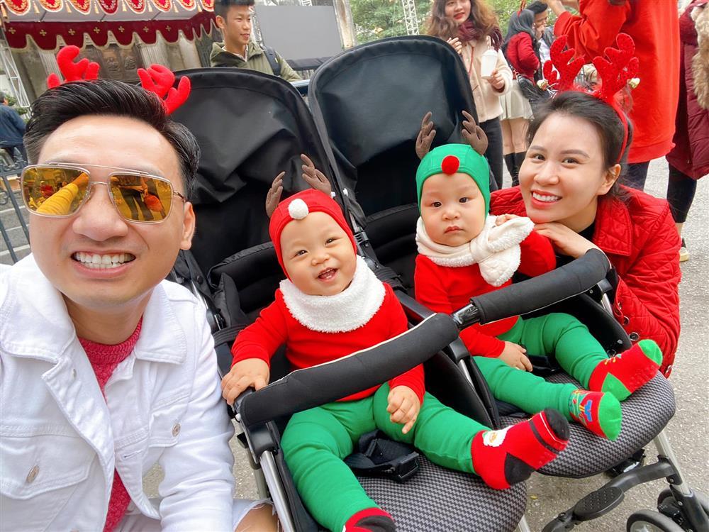 3 cặp song sinh rich kid đáng yêu nhất của các gia đình Việt, toàn nam thần nhí khiến team bỉm sữa thích mê-30