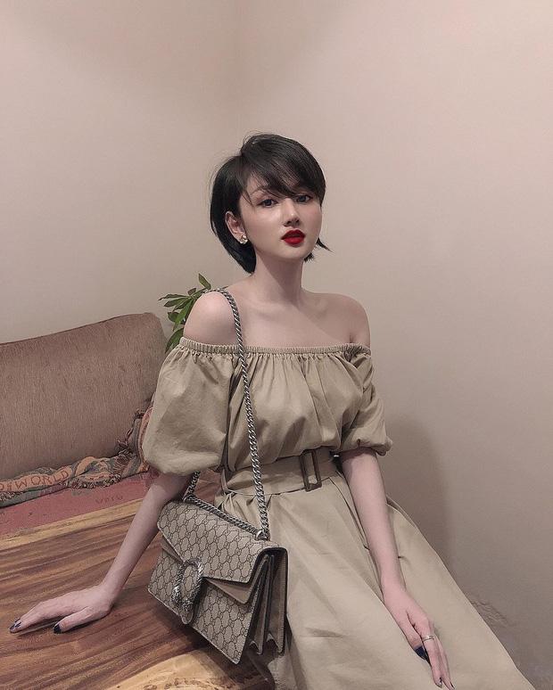 Cựu hot girl Sài Gòn khoe nhan sắc mẹ đẹp nức nở, di truyền hết cho con gái ở hiện tại-1