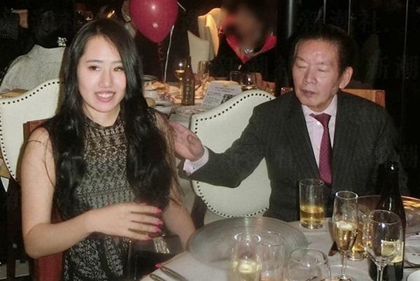 Vụ án triệu phú 77 tuổi chết bất thình lình sau 3 tháng kết hôn: Loạt hành động bất thường tố cáo âm mưu tàn độc của vợ trẻ-3