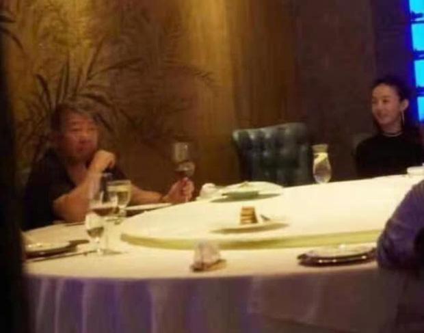 SỐC: Phùng Thiệu Phong tung clip ngoại tình của Triệu Lệ Dĩnh với đạo diễn 67 tuổi, nữ diễn viên khóc lóc xin lỗi?-3