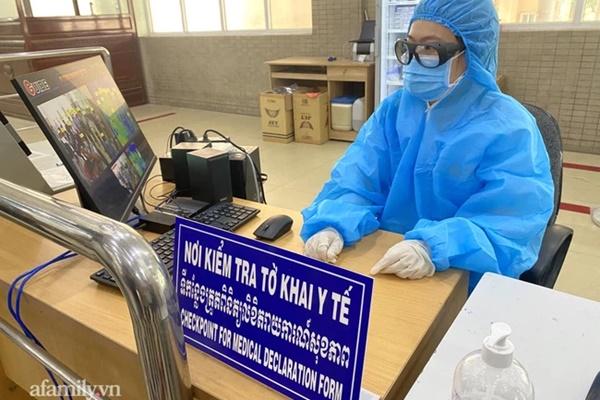 TP.HCM phát hiện 3 trường hợp nghi nhiễm COVID-19 trên tàu neo đậu tại Nhà Bè-1