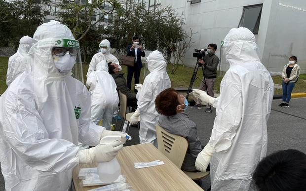 Ổ dịch nguy hiểm tại Bắc Giang: 33 công nhân trong khu công nghiệp mắc Covid-19 với 512 F1 và 845 F2-2