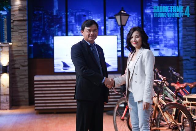 Nhan sắc xinh đẹp của nữ CEO khiến Shark Phú chọn trong 1 nốt nhạc, bỏ qua cả khâu kiểm tra sản phẩm-1