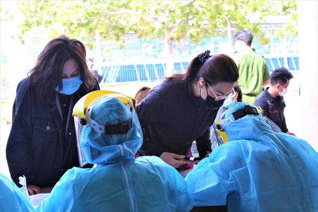 Cả gia đình 4 người mắc Covid-19 ở Đà Nẵng: Đã đi đến những đâu, lây nhiễm như thế nào?-3