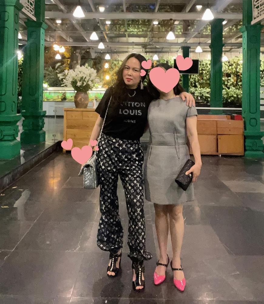Phượng Chanel vừa được khen mặc đẹp như tổng tài nay lại thành tội đồ hàng hiệu, thế này là dở rồi!-3