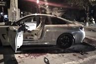 Hai người đi xe BMW bị chém ở TP.HCM