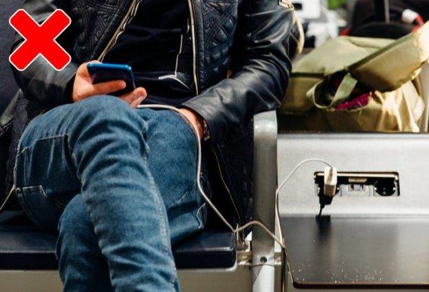 10 sai lầm nghiêm trọng khi sạc pin điện thoại bạn cần dừng ngay hôm nay-6