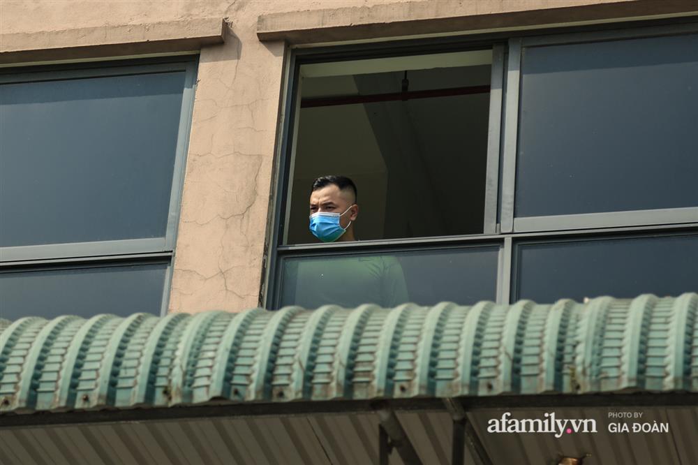 Phong tỏa tòa chung cư tại KĐT Đại Thanh có ca dương tính SARS-CoV-2 liên quan chùm ca bệnh tại Bệnh viện K cơ sở Tân Triều-10