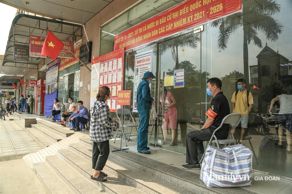 Phong tỏa tòa chung cư tại KĐT Đại Thanh có ca dương tính SARS-CoV-2 liên quan chùm ca bệnh tại Bệnh viện K cơ sở Tân Triều-12