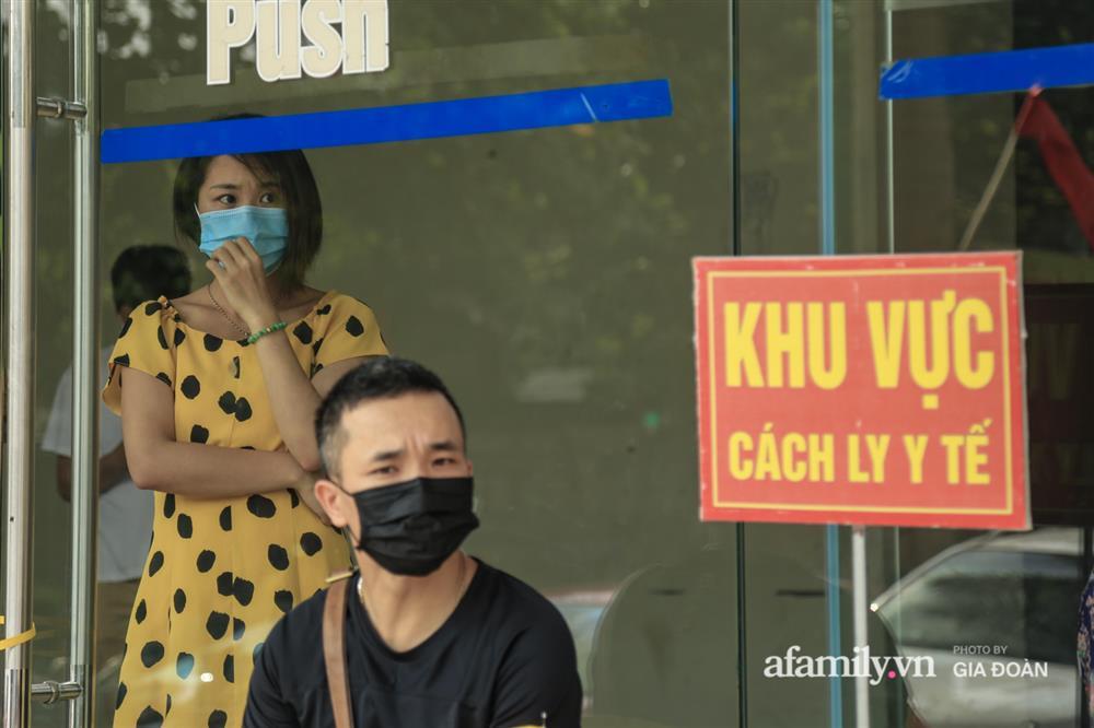 Phong tỏa tòa chung cư tại KĐT Đại Thanh có ca dương tính SARS-CoV-2 liên quan chùm ca bệnh tại Bệnh viện K cơ sở Tân Triều-9