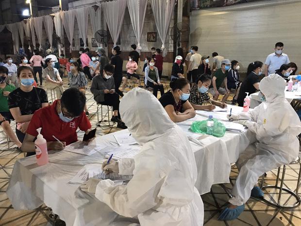 Nam sinh đi bê cỗ mắc Covid-19 ở Bắc Ninh: Nhiều người trách vì làm họ đi cách ly, bạn bè dè bỉu ham tiền giờ rước họa vào thân-2