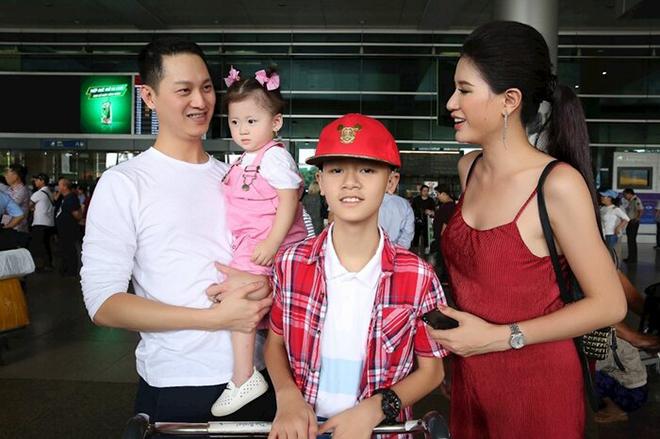 Đằng sau vẻ ngoài dữ dằn của Trang Trần: Âm thầm chăm sóc cậu con trai khuyết tật-3