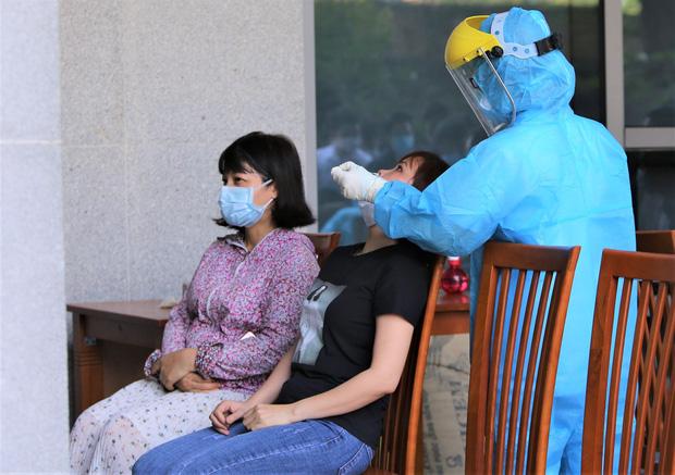 Lịch trình 3 F1 vừa dương tính SARS-CoV-2 ở Đà Nẵng: Giao hàng nhiều nơi, du lịch Hội An và về Quảng Nam làm căn cước công dân-2