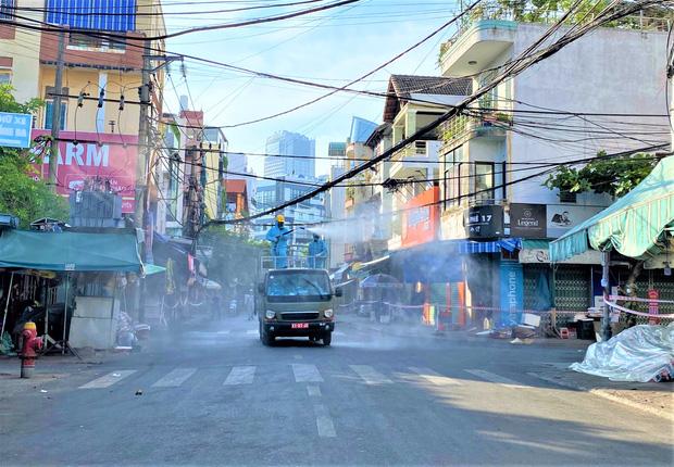 Lịch trình 3 F1 vừa dương tính SARS-CoV-2 ở Đà Nẵng: Giao hàng nhiều nơi, du lịch Hội An và về Quảng Nam làm căn cước công dân-3