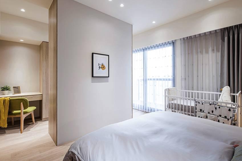 Ngôi nhà lấy ý tưởng thiết kế từ một cái cây lớn với 6 phòng ngủ đơn giản trang nhã, không gian dài, rộng và cao-17